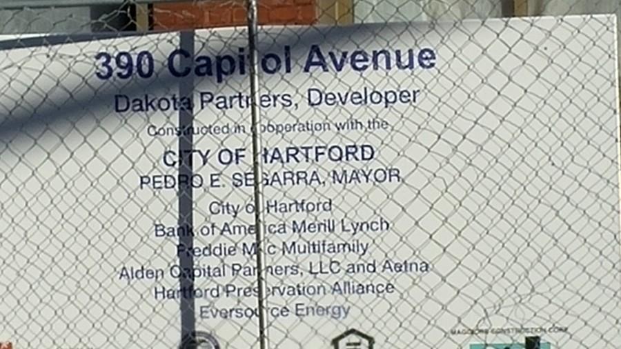 390 Capitol sign